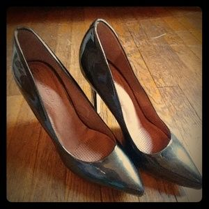 Metallic brown/ bronze cushion heels